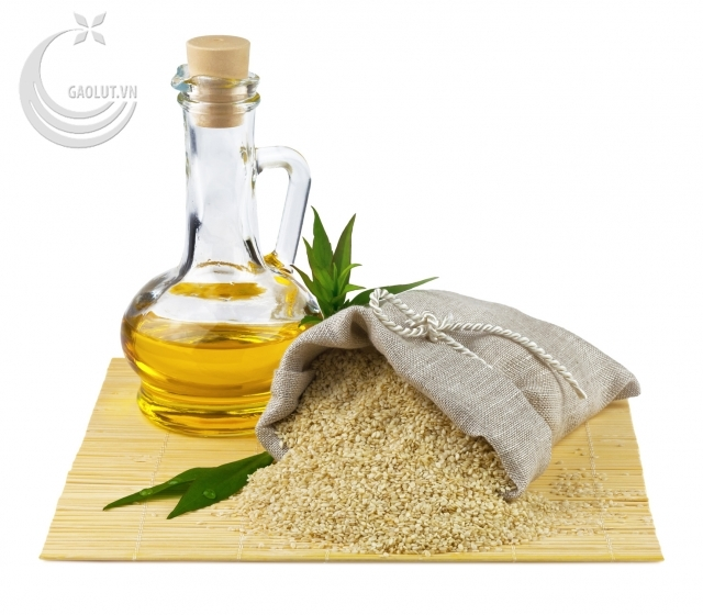 http://gaolut.vn/_img_server/gallery/2013/11/02/size640/truth_about_oil_pulling_sesame_seeds_oil_image_1383401472.jpg